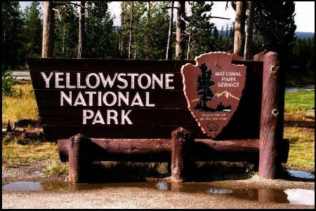 Description: Description: C:\Users\Zig\Documents\My Webs\Beartooth Lodge\images\index\Yellowstone Sign.jpg